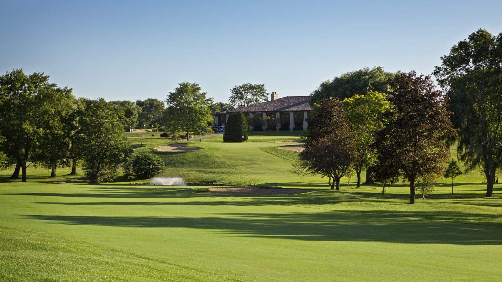 Tuckaway Country Club
